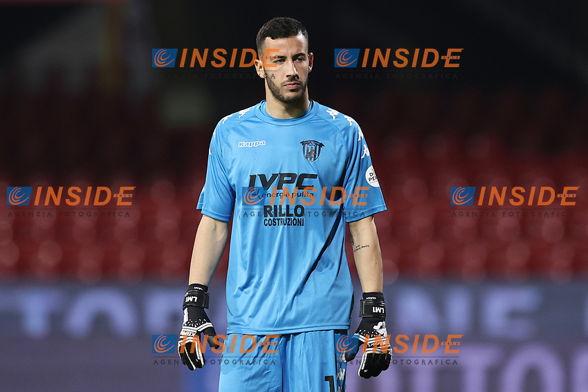 Lorenzo Montipo of Benevento Calcio<br /> during the Serie A football match between Benevento Calcio and Spezia Calcio at stadio Ciro Vigorito in Benevento (Italy), November 7th, 2020. <br /> Photo Cesare Purini / Insidefoto