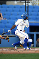 Dunedin Blue Jays outfielder Roemon Fields (2) at bat during a game against the Bradenton Marauders on April 14, 2015 at Florida Auto Exchange Stadium in Dunedin, Florida.  Bradenton defeated Dunedin 7-1.  (Mike Janes/Four Seam Images)