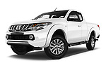 Stock pictures of low aggressive front three quarter view of a 2018 Mitsubishi L200 Intense 2 Door Pick Up