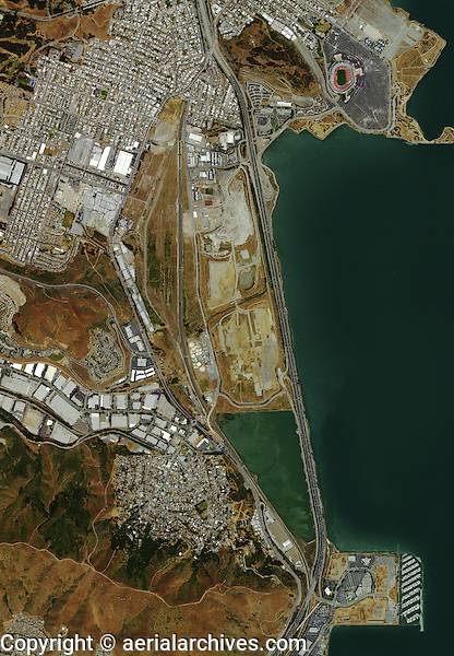 aerial photo map of San Bruno Mountain, Candlestick Park and the Brisbane marina vicinity at Sierra Point, San Francisco and Brisbane, California