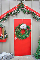 Christmas decoration-door with wreath. Al's Nursery. Sherwood. Oregon