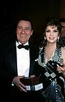 ALBERTO SORDI CON GINA LOLLOBRIGIDA<br /> PREMIO THE BEST PARIGI 1988
