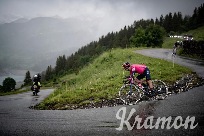 Sergio Higuita (COL/EF Education - Nippo) descending the Col du Pré (HC/1748m) towards the Barrage de Roselend in, yet again, grim conditions.<br /> <br /> Stage 9 from Cluses to Tignes (145km)<br /> 108th Tour de France 2021 (2.UWT)<br /> <br /> ©kramon