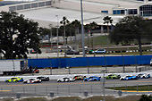 #12: Ryan Blaney, Team Penske, Ford Mustang Menards/Peak and #11: Denny Hamlin, Joe Gibbs Racing, Toyota Camry FedEx Express