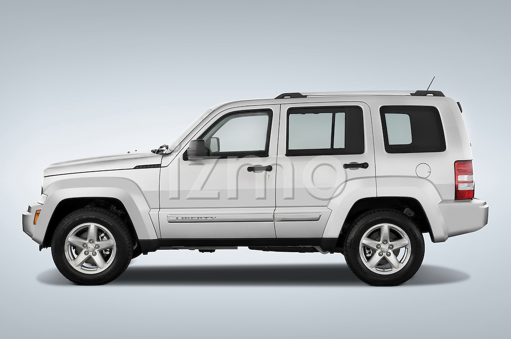 Driver side profile view of a 2008 Jeep Liberty Limited