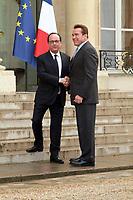 PARIS, FRANCE - AVRIL 28: ARNOLD SCHWARZENEGGER DECORE DE LA LEGION D' HONNEUR PAR LE PRESIDENT DE LA R…PUBLIQUE FRAN«AIS FRANCOIS HOLLANDE A L ELYSEE .