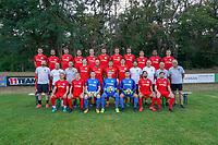 Mannschaftsfoto Rot-Weiss Walldorf Saison 2020/21 in der Hessenliga - Mörfelden-Walldorf 04.08.2020: Mannschaftsvorstellung von Hessenligist Rot-Weiss Walldorf für die Saison 2020/21