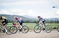 """Simon Yates (GBR/Bike Exchange) over the final gravel sector of the day.<br /> <br /> 104th Giro d'Italia 2021 (2.UWT)<br /> Stage 11 from Perugia to Montalcino (162km)<br /> """"the Strade Bianche stage""""<br /> <br /> ©kramon"""