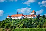 Deutschland, Bayern, Oberpfalz, Woerth an der Donau: Schloss Woerth | Germany, Bavaria, Upper Palatinate, Woerth on river Danube: Castle Woerth