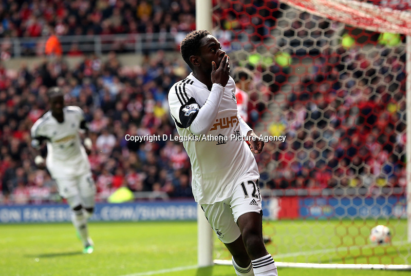 Pictured: Nathan Dyer of Swansea celebrating his opening goal. Sunday 11 May 2014<br /> Re: Barclay's Premier League, Sunderland v Swansea City FC at the Stadium of Light, Sunderland, UK.