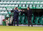 Hibs v St Johnstone…01.05.21  Easter Road. SPFL<br />Managers Cal;lum Davidson and Jack Ross greet each other<br />Picture by Graeme Hart.<br />Copyright Perthshire Picture Agency<br />Tel: 01738 623350  Mobile: 07990 594431
