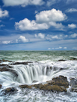 Thor's Well. Oregon