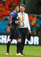 Robin Van Persie of Netherlands celebrates with manager Louis Van Gaal at full time