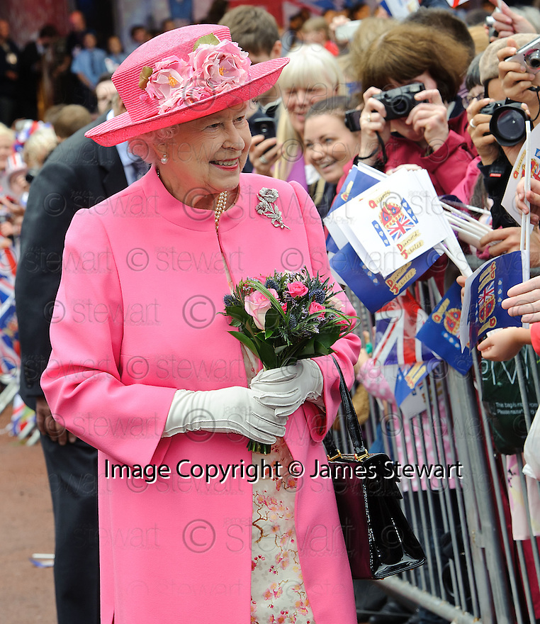 Her Majesty, Queen Elizabeth goes for a short walkabout in George Square, Glasgow as part her her Diamond Jubilee Celebrations.