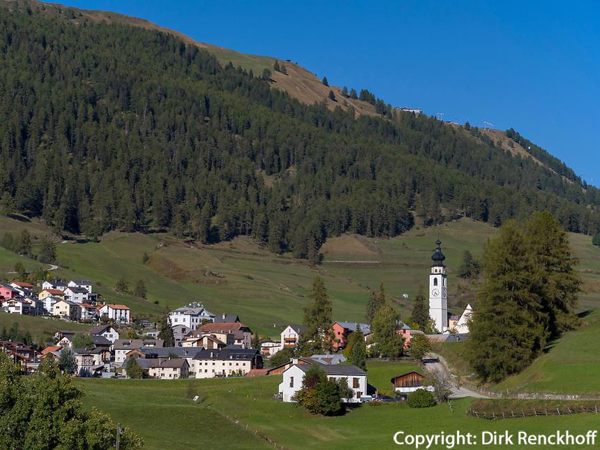Blick auf Flan, Scuol, Unterengadin, Graubünden, Schweiz, Europa<br /> Flan, Scuol, Engadine, Grisons, Switzerland