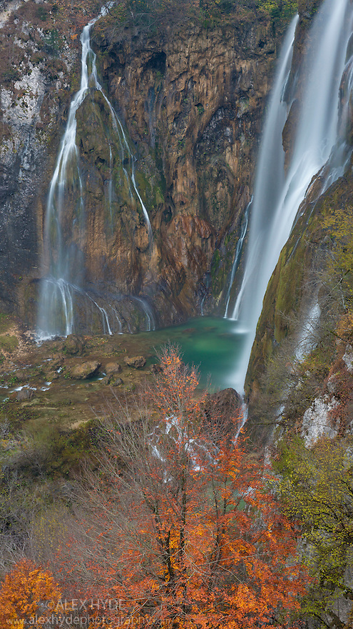 Veliki Slap (The Big Waterfall), over which the Plitvica river plummets 78 metres.  Plitvice Lakes National Park, Croatia. November.