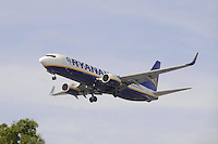 - Boeing 737 aircraft of Ryanair  Airline<br /> <br /> - aereo di linea  Boeing 737 della compagnia aerea Ryanair