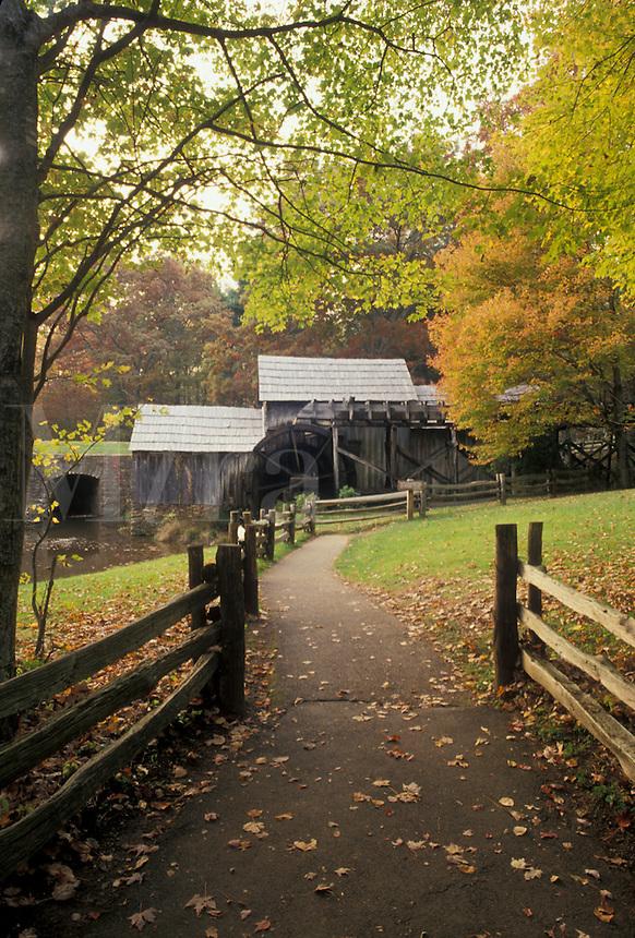 AJ4498, grist mill, Mabry Mills, Blue Ridge Parkway, Virginia, Blue Ridge, Appalachian Mountains, Scenic grist mill along the Blue Ridge Parkway in the fall in the state of Virginia.
