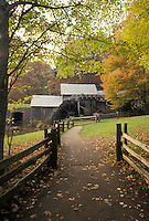 AJ4498, grist mill, Mabry Mills, Blue Ridge Parkway, Virginia, Blue Ridge, Appalachian Mountains, Scenic grist mill along the Blue Ridge Parkway in the fall in the state of Virginia.