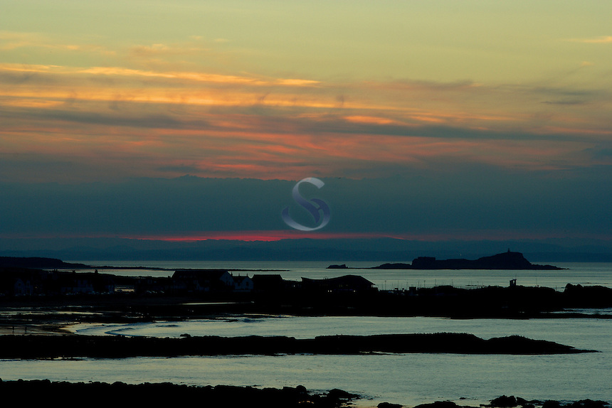 North Berwick and North Berwick Harbour at dusk, East Lothian Coastline<br /> <br /> Copyright www.scottishhorizons.co.uk/Keith Fergus 2011 All Rights Reserved