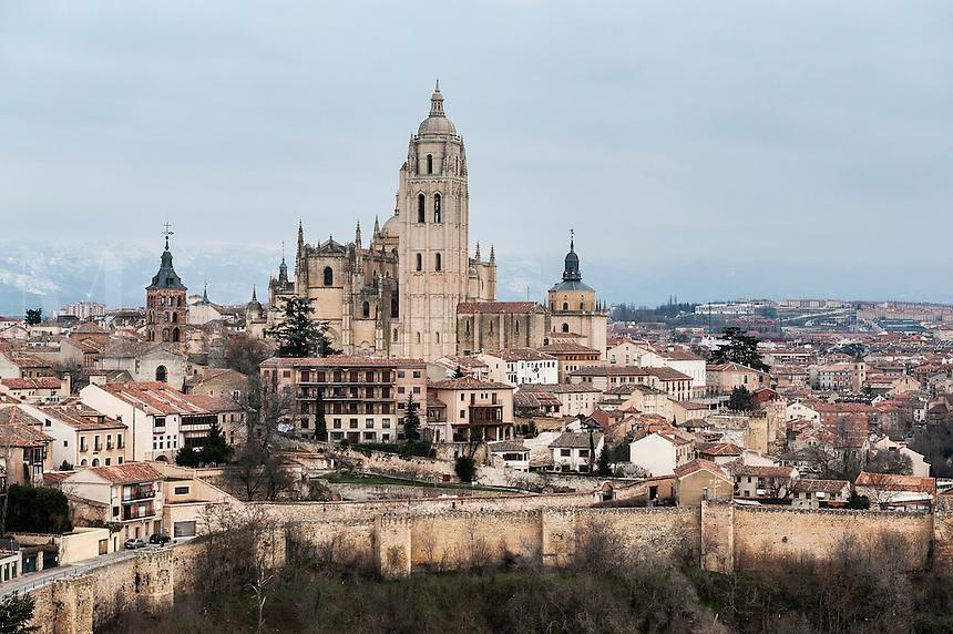 Walled city skyline, Segovia, Spain, Europe