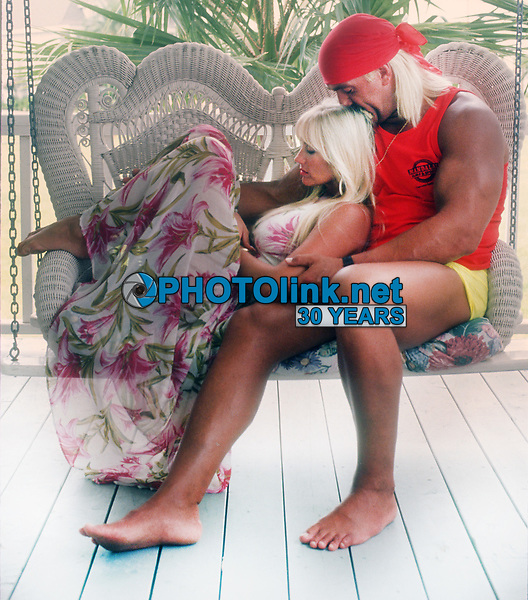 Hulk Hogan, wife Linda Hogan, 1992, Photo By John Barrett/PHOTOlink