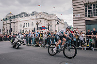Vasil Kiryienka (BLR/SKY) turning into Regent Street<br /> <br /> Stage 8: London to London (77km)<br /> 15th Ovo Energy Tour of Britain 2018