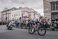 Vasil Kiryienka (BLR/SKY) turning into Regent Street<br /> <br /> Stage 8: London to London (77km)<br /> 15th Ovo Energy Tour of Britain 2018