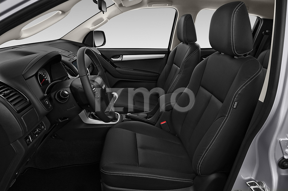 Front seat view of 2019 Isuzu D-Max LSX-4wd-crew-cab 5 Door Pick-up Front Seat  car photos