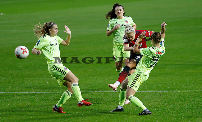 Alex Greenwood of Manchester United Women has a shot on goal
