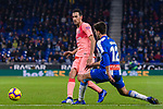 Sergio Busquets of FC Barcelona (L) in action against Didac Vila of RCD Espanyol (R) during the La Liga 2018-19 match between RDC Espanyol and FC Barcelona at Camp Nou on 08 December 2018 in Barcelona, Spain. Photo by Vicens Gimenez / Power Sport Images