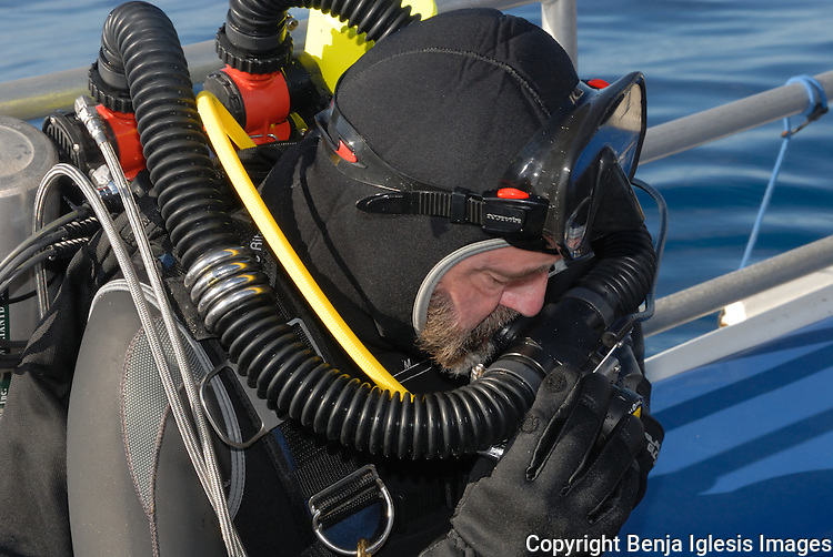 Tek Diver testing reabrether before getting in the water Maui hawaii.