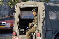 - Israeli soldier in patrol in the occupied Palestinian territories....- militare israeliano in pattuglia nei territori palestinesi occupati