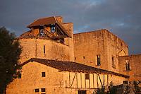 Europe/France/Midi-Pyrénées/32/Gers/Larressingle: Cité fortifiée, le cehvet de l'église - Plus Beaux Villages de France