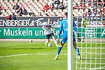 Dominik Martinovic am Ball gegen Avdo Spahic beim Spiel in der 3. Liga, 1. FC Kaiserslautern - SV Waldhof Mannheim.<br /> <br /> Foto © PIX-Sportfotos *** Foto ist honorarpflichtig! *** Auf Anfrage in hoeherer Qualitaet/Aufloesung. Belegexemplar erbeten. Veroeffentlichung ausschliesslich fuer journalistisch-publizistische Zwecke. For editorial use only. DFL regulations prohibit any use of photographs as image sequences and/or quasi-video.