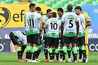 PALMIRA-COLOMBIA, 07-10-2020: Jugadores de La Equidad, durante partido entre Deportivo Cali y La Equidad de la fecha 12 por La Liga BetPlay DIMAYOR 2020-I jugado en el estadio Deportivo Cali (Palmaseca) de la ciudad de Palmira. / Players of La Equidad during a match between Deportivo Cali and La Equidad of the 12th date for the BetPlay DIMAYOR Leguaje 2020-I played at the Deportivo Cali (Palmaseca) stadium in Palmira city. / Photo: VizzorImage / Nelson Rios / Cont.