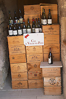 wine shop cave du verger des papes chateauneuf du pape rhone france