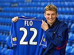 Dick Advocaat signs Tore Andre Flo for £12M in November 2000