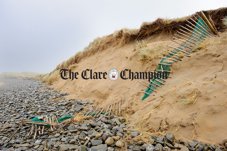 A general view of the situation where erosion is taking place on Clahanes beach adjacent to Doonbeg Golf course. Photograph by John kelly.