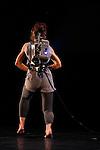 Homemade (1966)<br /> Crée à Judson Memorial Church, New York, le 29 mars 1966<br /> <br /> Scénographie et costumes : Trisha Brown et Robert Whitman<br /> Costumes : Kaye Voyce<br /> Danse : Vicky Shick<br /> Lieu : Théâtre de la Ville<br /> Ville : Paris<br /> Date : le 22/10/2013<br /> © Laurent Paillier / photosdedanse.com