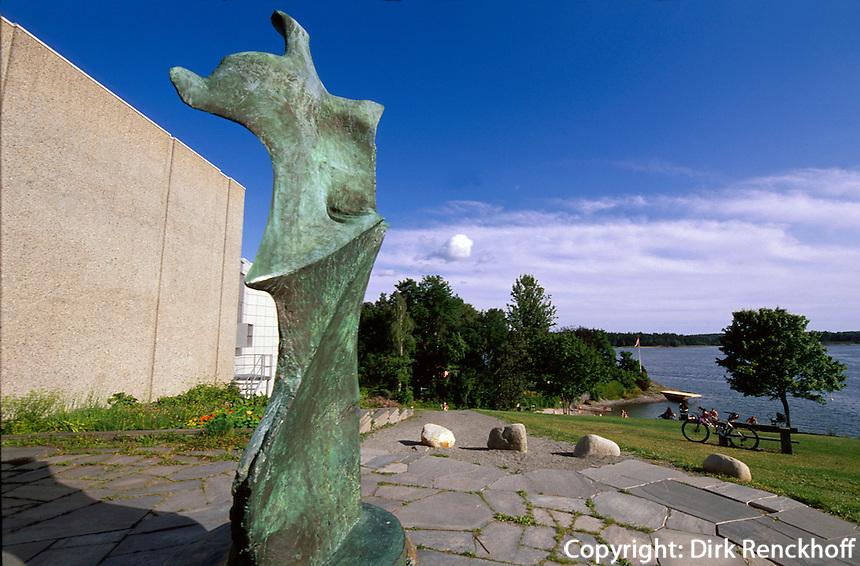 Norwegen, Oslo, Henie-Onstad Kunstsenter, Plastik von Henry Moore