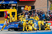 2017 Monster Energy NASCAR Cup Series<br /> Auto Club 400 Auto Club Speedway, Fontana, CA USA<br /> Sunday 26 March 2017<br /> Matt Kenseth, Peak Toyota Camry pit stop<br /> World Copyright: Russell LaBounty/LAT Images<br /> ref: Digital Image 17FON1rl_6447