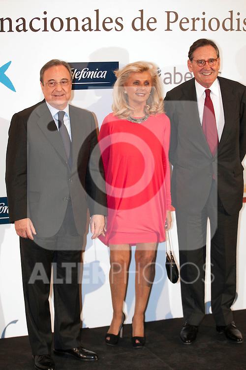 """King Felipe of Spain and Queen Letizia of Spain attend 'XIII EDICIÓN DE LOS PREMIOS INTERNACIONALES DE PERIODISMO 2013 Y CONMEMORACIÓN DEL 25º ANIVERSARIO DEL DIARIO """"EL MUNDO"""" at The Westin Palace Hotel. <br /> Florentino Perez<br /> October 20, 2014. (ALTERPHOTOS/Emilio Cobos)"""