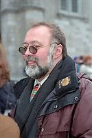 Le president de l'UDA Serge Turgeon<br />  aux Funerailles de Gratien Gelinas, mars 1999.<br /> <br /> PHOTO :  Agence Quebec Presse<br /> <br /> Les images commandees seront recadrees lorsque requis