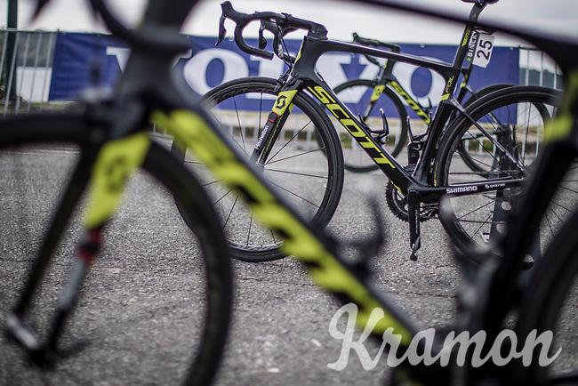 Team Mitchelton Scott bikes at the pre stage sign on podium awaiting their riders.<br /> <br /> Binckbank Tour 2018 (UCI World Tour)<br /> Stage 7: Lac de l'eau d'heure (BE) - Geraardsbergen (BE) 212.7km