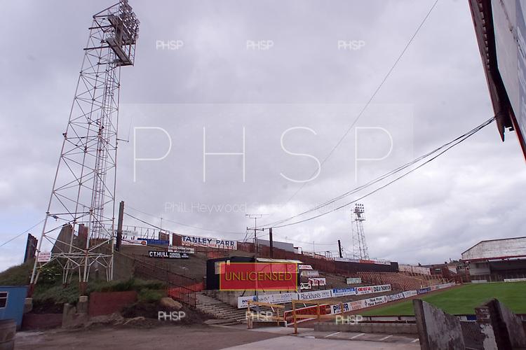 23/06/2000 Blackpool FC Bloomfield Road Ground..Kop from North west corner.....© Phill Heywood.