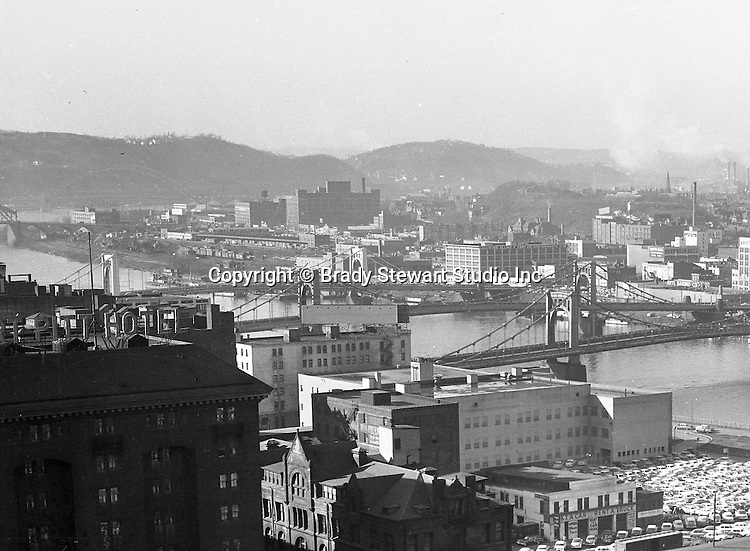 Pittsburgh Pa:  View of the North Side and bridges from the Penn Station roof.  The view includes the 6th, 7th, and 9th street bridges and Fort Pitt Hotel.