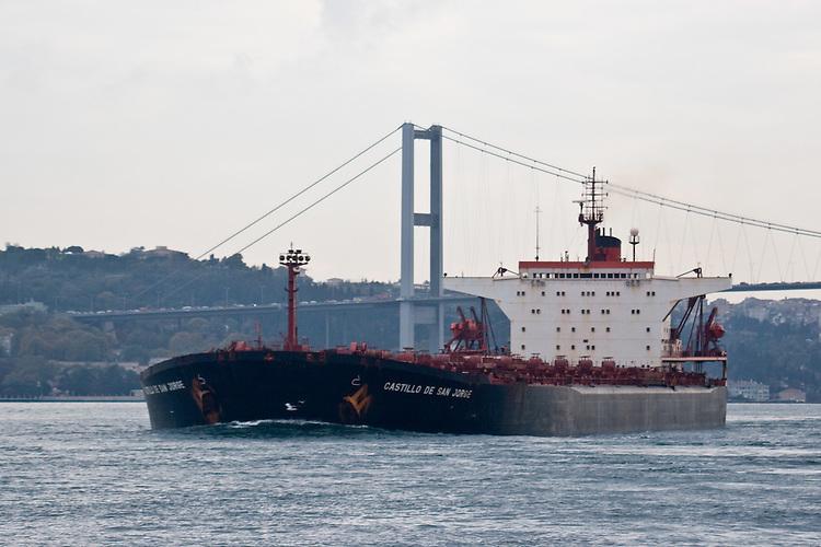 Oil tanker, Istanbul, Turkey, Bosphorus Strait, super tanker Castillo De San Jorge beneath Bosphorus Bridge,