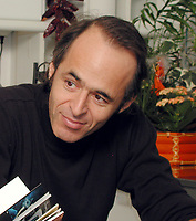 Jean-Jacques  GOLDMAN<br /> 2002<br /> ©  FAUSTINE/DALLE