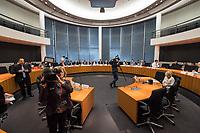 5. Sitzung des Unterausschusses des Verteidigungsausschusses des Deutschen Bundestag als 1. Untersuchungsausschuss am Donnerstag den 21. Maerz 2019.<br /> In dem Untersuchungsausschuss soll auf Antrag der Fraktionen von FDP, Linkspartei und Buendnis 90/Die Gruenen der Umgang mit externer Beratung und Unterstuetzung im Geschaeftsbereich des Bundesministeriums fuer Verteidigung aufgeklaert werden. Anlass der Untersuchung sind Berichte des Bundesrechnungshofs ueber Rechts- und Regelverstoesse im Zusammenhang mit der Nutzung derartiger Leistungen.<br /> Einziger Tagesordnungspunkt war die Konstituierung des Unterausschusses als Untersuchungsausschuss.<br /> 21.3.2019, Berlin<br /> Copyright: Christian-Ditsch.de<br /> [Inhaltsveraendernde Manipulation des Fotos nur nach ausdruecklicher Genehmigung des Fotografen. Vereinbarungen ueber Abtretung von Persoenlichkeitsrechten/Model Release der abgebildeten Person/Personen liegen nicht vor. NO MODEL RELEASE! Nur fuer Redaktionelle Zwecke. Don't publish without copyright Christian-Ditsch.de, Veroeffentlichung nur mit Fotografennennung, sowie gegen Honorar, MwSt. und Beleg. Konto: I N G - D i B a, IBAN DE58500105175400192269, BIC INGDDEFFXXX, Kontakt: post@christian-ditsch.de<br /> Bei der Bearbeitung der Dateiinformationen darf die Urheberkennzeichnung in den EXIF- und  IPTC-Daten nicht entfernt werden, diese sind in digitalen Medien nach §95c UrhG rechtlich geschuetzt. Der Urhebervermerk wird gemaess §13 UrhG verlangt.]